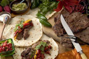 Receta de Carne asada con guarnición de tomates secos - Sabor Granada