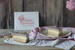 Porción de tarta tres Chocolates Sabor Granada