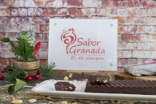 Receta para hacer turrón de chocolate y frutos secos con kumquat - Sabor Granada