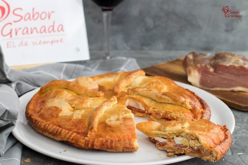 Receta para hacer Empanada del lomo curado, queso y huevos - Sabor Granada