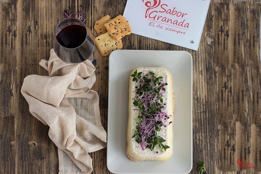 Cómo elaborar esta receta de pastel de queso salado - Sabor Granada