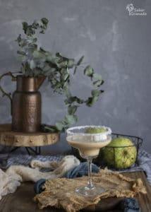Cómo hacer un cóctel de Chirimoya - Sabor Granada