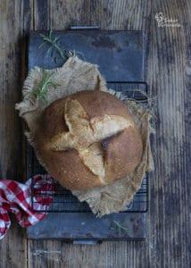 Pan Federico Jiménez para hacer este pan al horno relleno de crema de queso y sobrasada