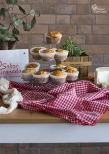 Cómo hacer magdalenas de queso y romero - Sabor Granada