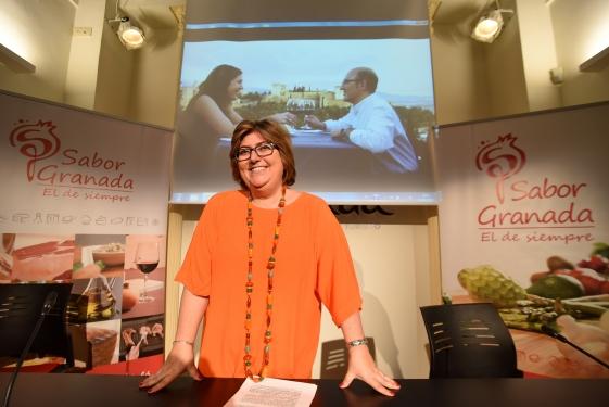 La diputada Ana Muñoz, en la presentación de lvideo promocional de Sabor Granada