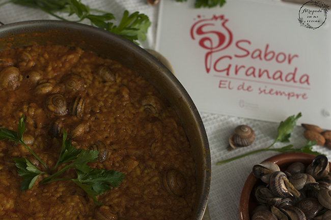 Receta para hacer arroz con caracoles - Sabor Granada