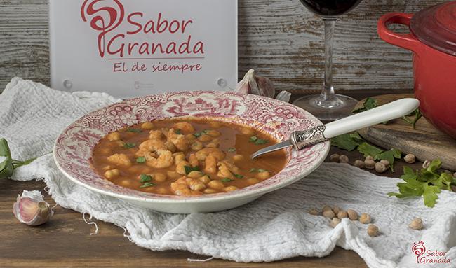 Cómo hacer garbanzos con langostinos - Sabor Granada