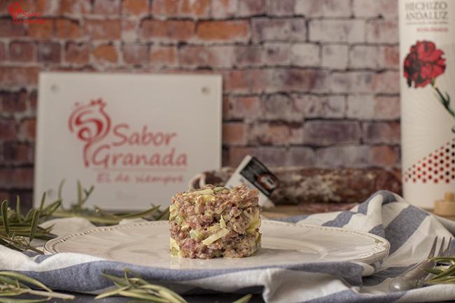Tartar de salchichón - Sabor Granada