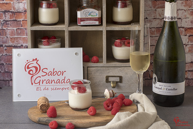 Receta para hacer mousse de cava con frambuesas - Sabor Granada