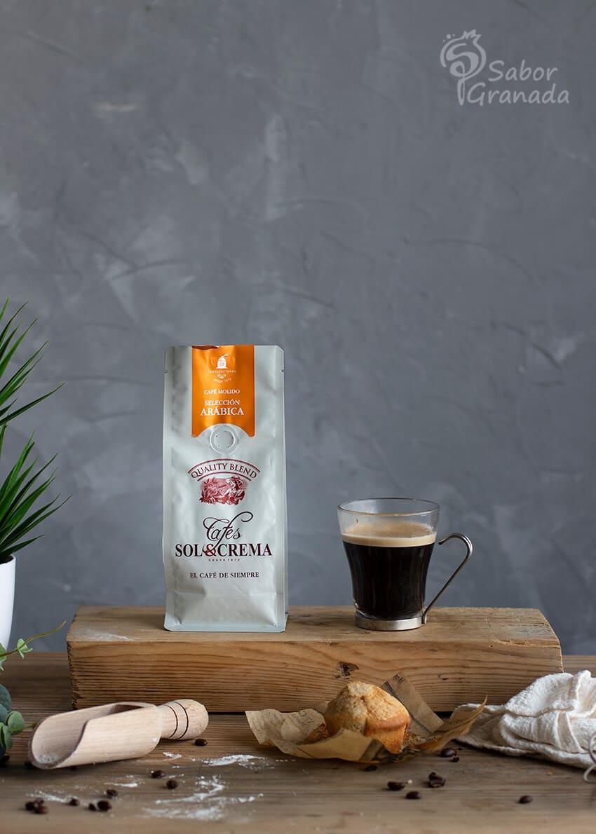 Café Sol y crema para elaborar esta receta de magdalenas de café - Sabor Granada