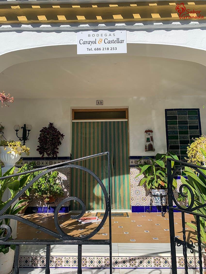 Exterior de las Bodegas Carayol y Castellar - Sabor Granada