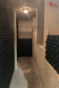 Interior de las Bodegas Carayol y Castellar - Sabor Granada