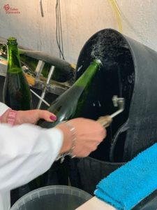 Descorchando el vino Carayol y Castellar - Sabor Granada