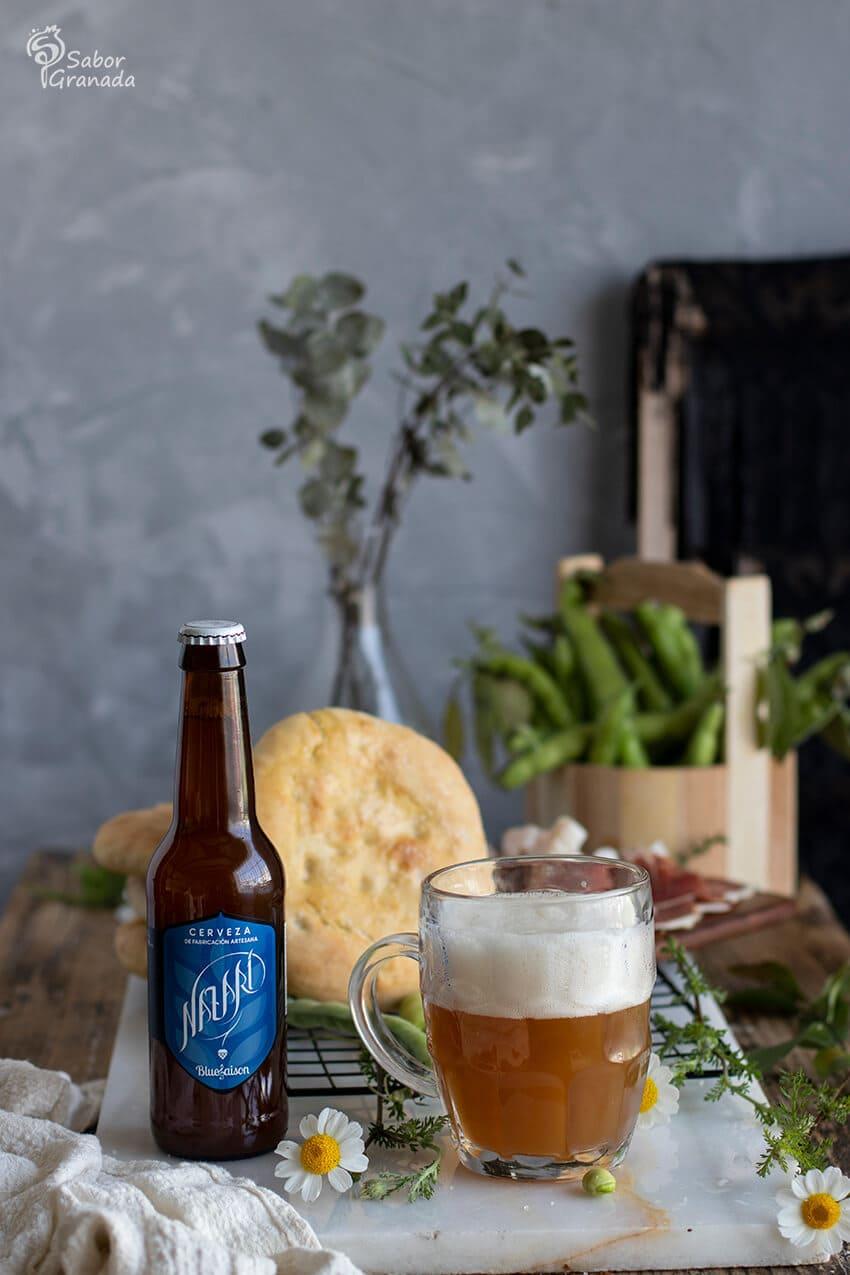 Cerveza artesana Nazarí para acompañar la salailla - Sabor Granada
