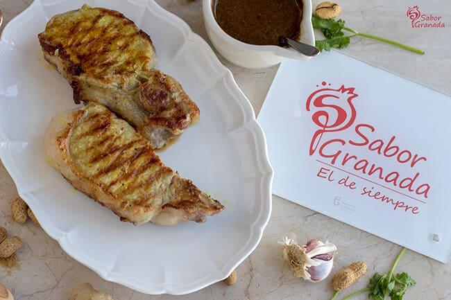 Entrecot de cerdo San Pascual con salsa Satay - Sabor Granada