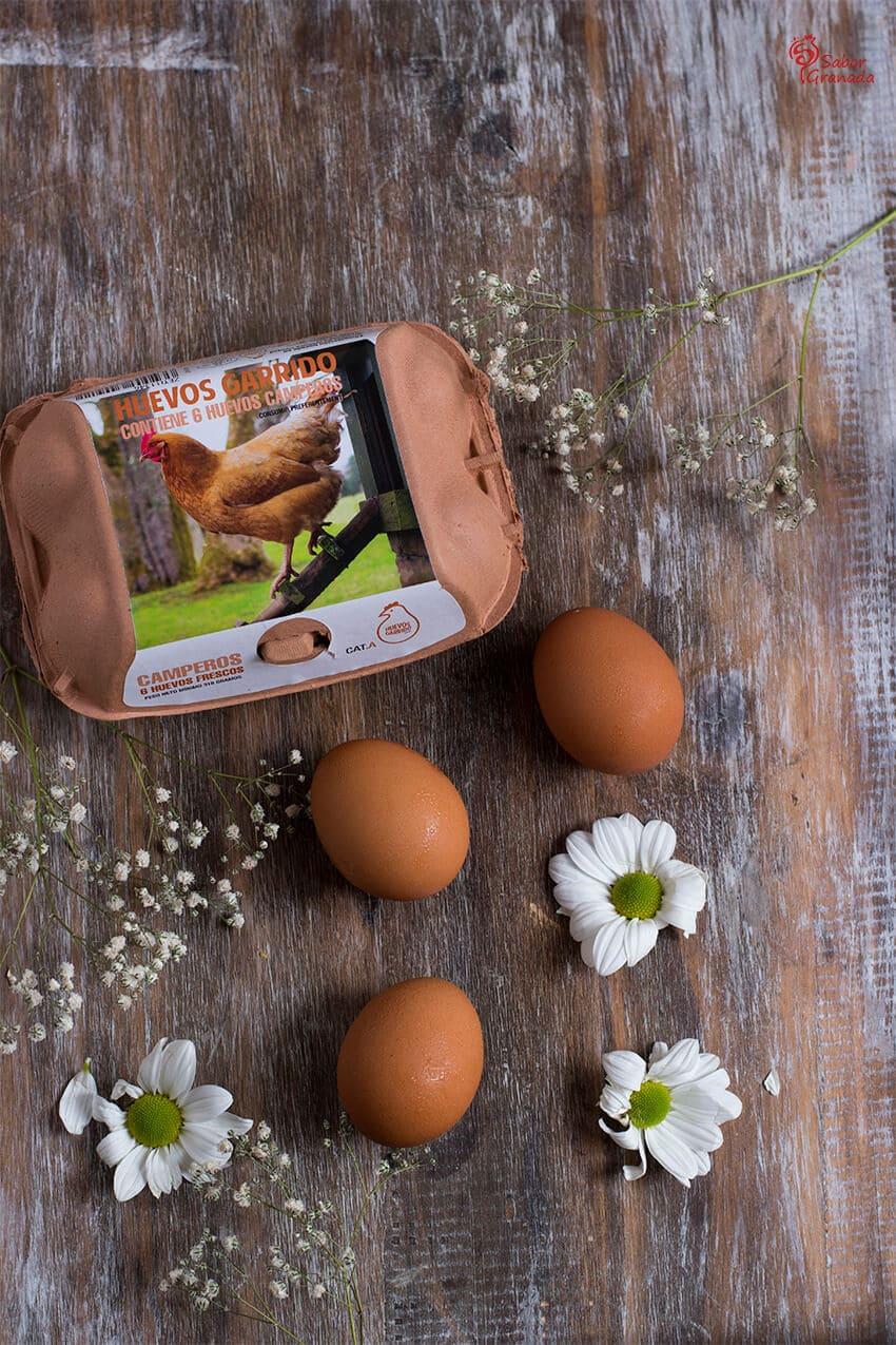 Huevos Garrido para hacer un revuelto de tomates con huevos - Sabor Granada