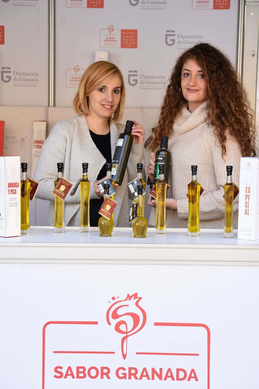 Stand con aceites Sabor Granada en la Feria