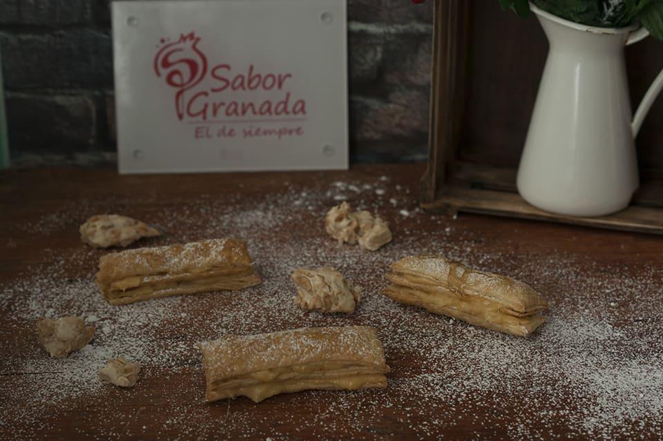 Cómo hacer Milhojas de crema de turrón de la Alpujarra con reducción de Ron Pálido - Sabor Granada