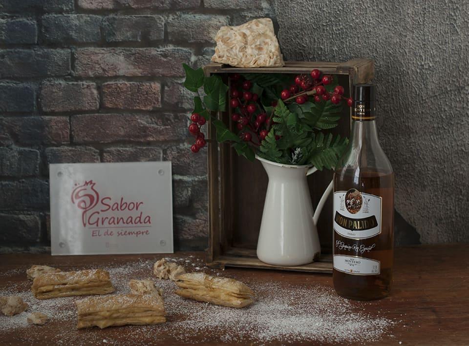 Receta para hacer Milhojas de crema de turrón de la Alpujarra con reducción de Ron Pálido - Sabor Granada