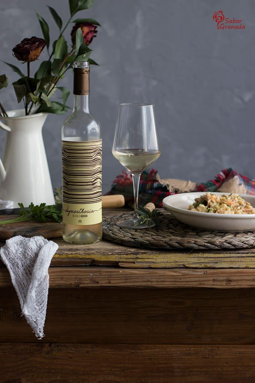 Vino blanco Muñana para acompañar este risotto de langostinos y champiñones - Sabor Granada
