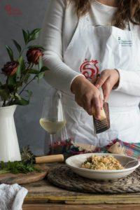 Elaboración de risotto de langostinos y champiñones - Sabor Granada