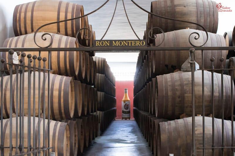 Algunos barriles de Ron Montero - Sabor Granada