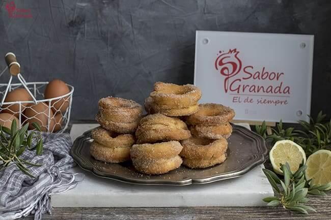 Receta para hacer Rosquillas fritas - Sabor Granada