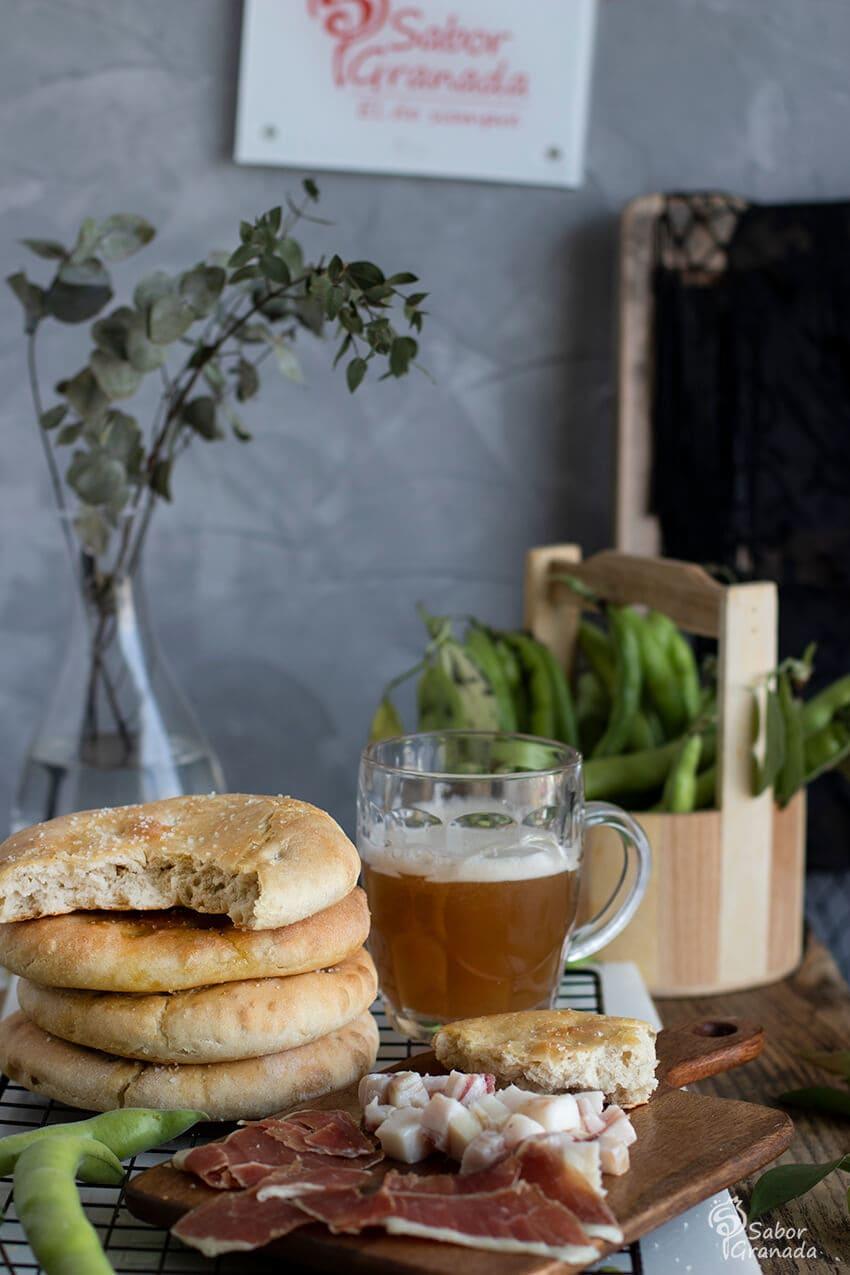 Salaillas con cerveza artesana Nazarí - Sabor Granada