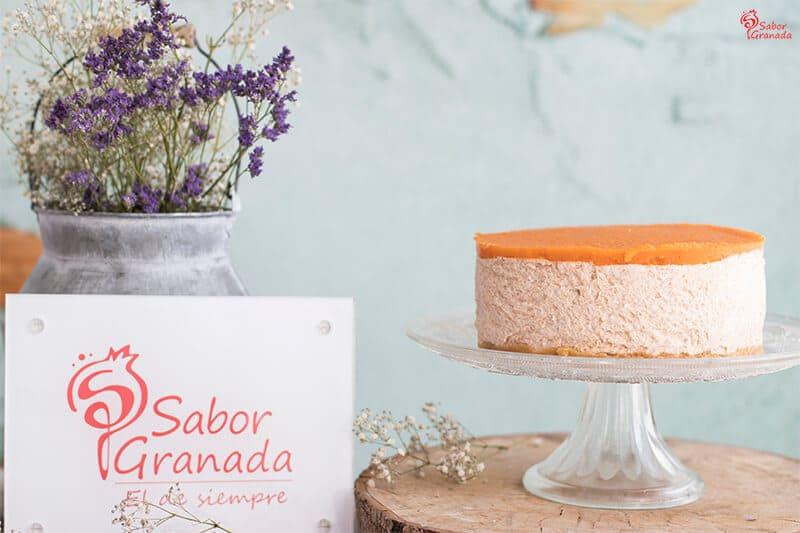 Receta para hacer Tarta de queso y níspero - Sabor Granada