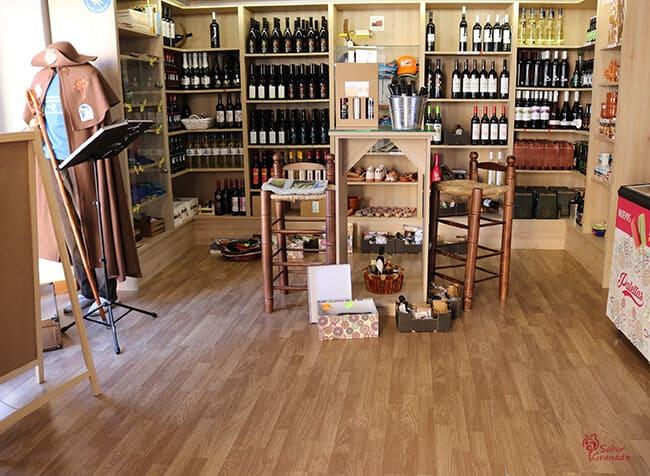 Interior de la tienda Sabor Granada