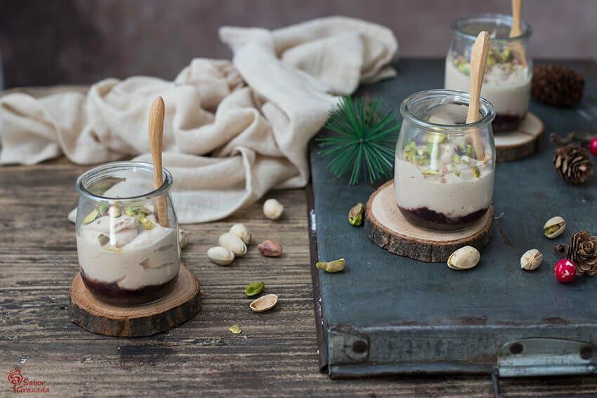 Presentación de la receta de Yogur de foie con pistachos - Sabor Granada