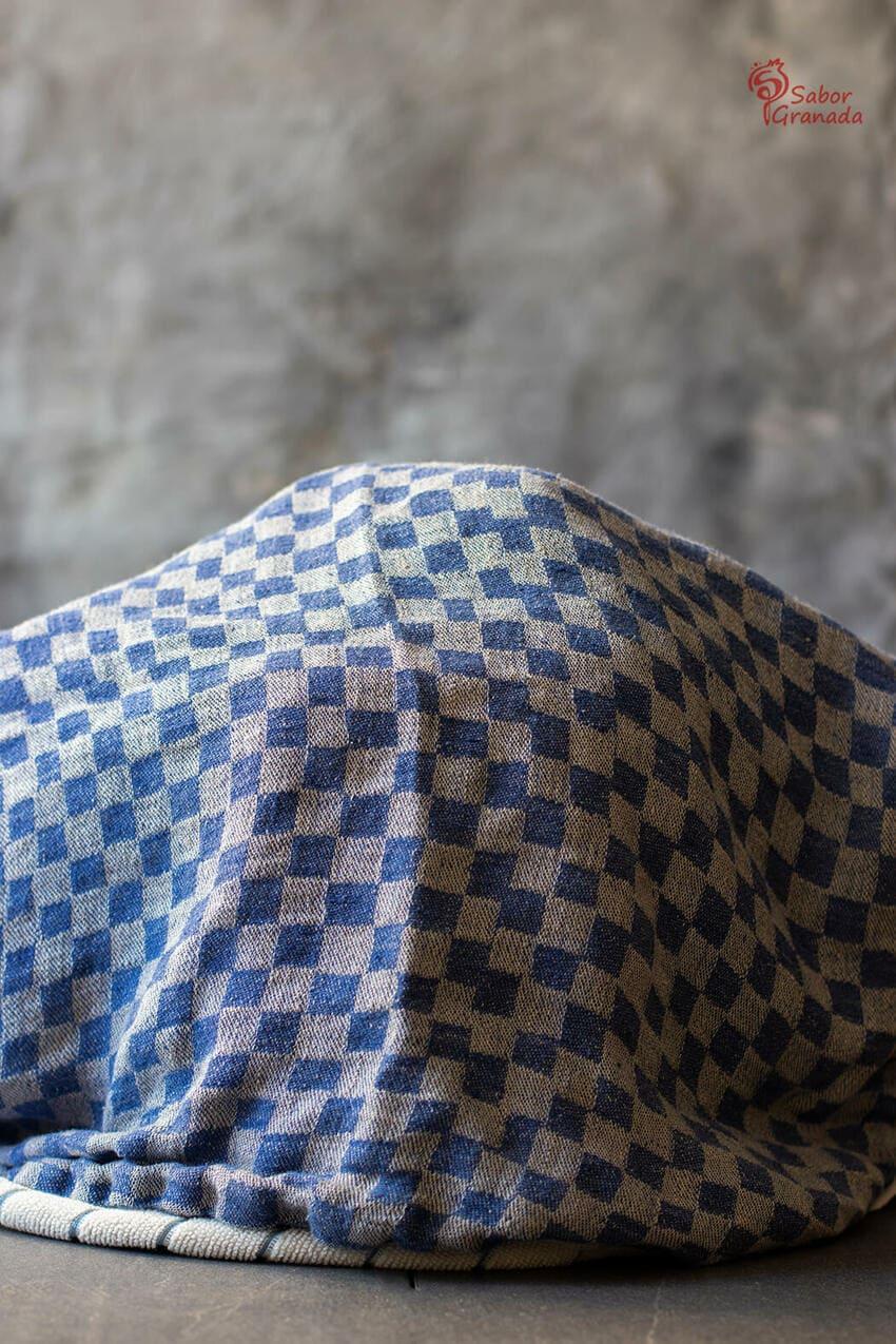 Yogures caseros en proceso de elaboración - Sabor Granada