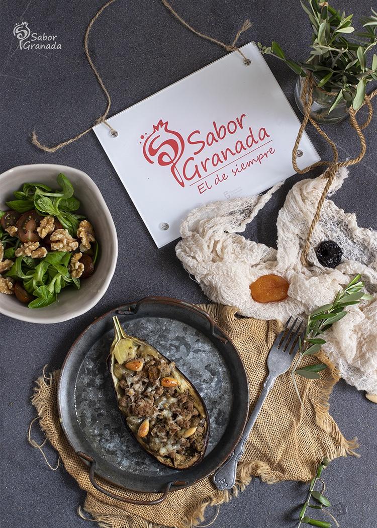 Berenjenas rellenas de carne de cordero y frutos secos - Sabor Granada