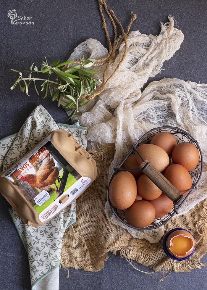Huevos Garrido para hacer un plato alpujarreño - Sabor Granada