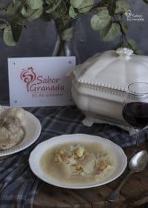Presentación del plato de puchero de coles - Sabor Granada