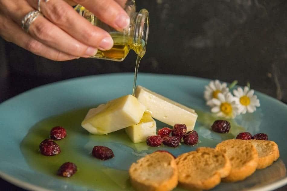 Queso en aceite de Quesería Los Teatinos - Sabor Granad