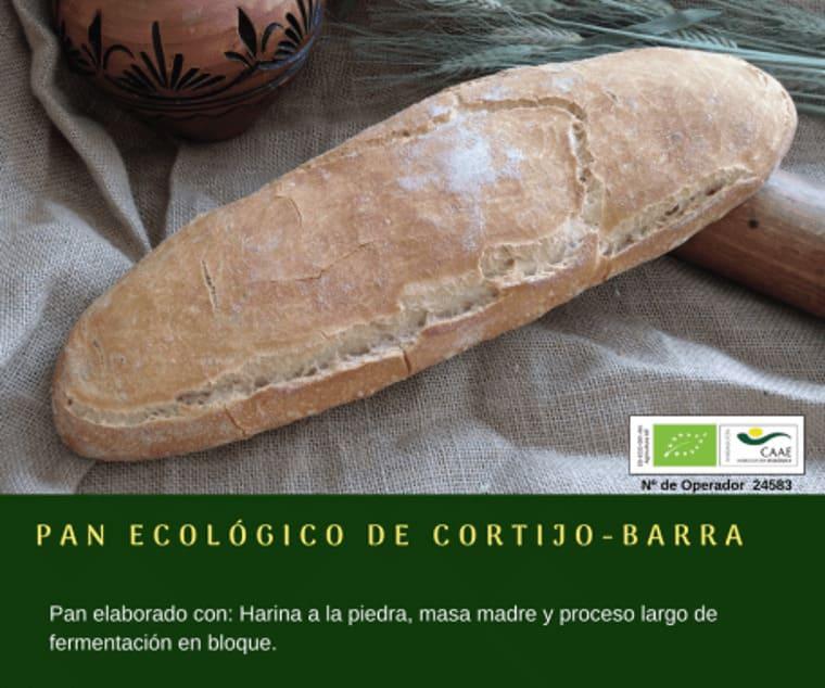 Pan ecológico de cortijo en barra de Panadería Gerardo - Sabor Granada