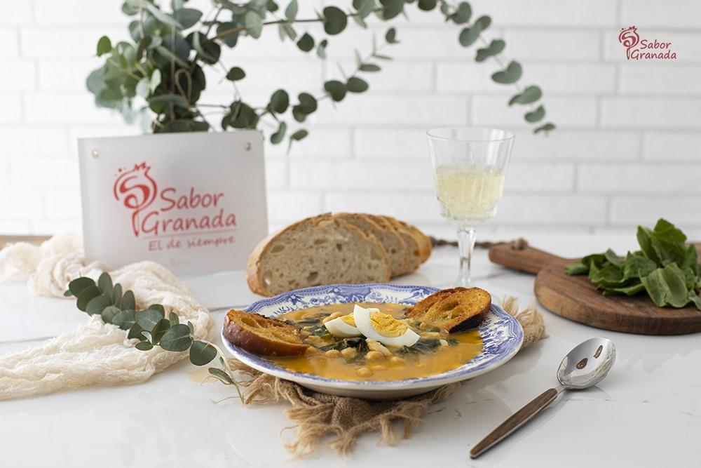 Receta de potaje de vigilia - Sabor Granada