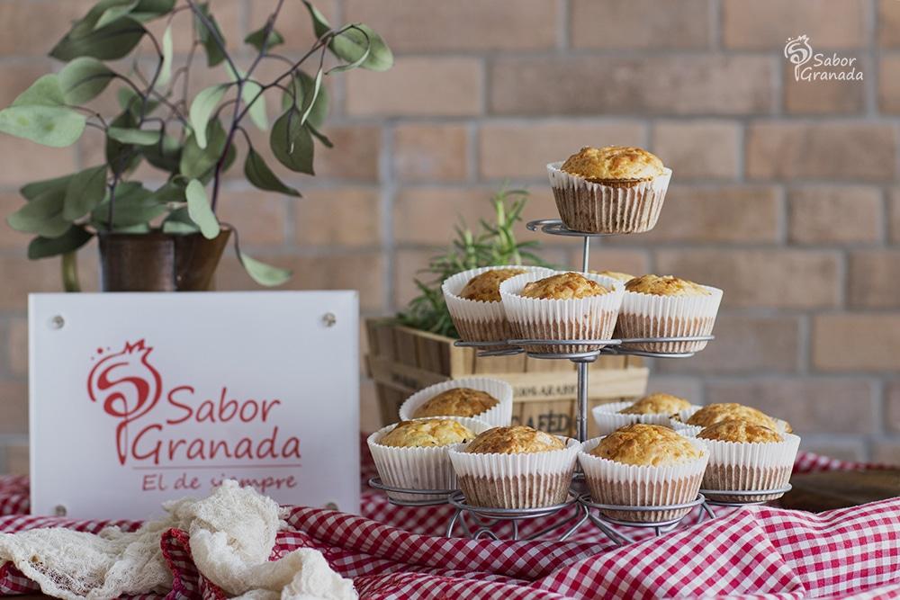 Receta de magdalenas de queso y romero - Sabor Granada