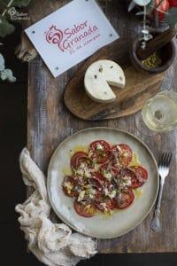 Carpaccio de tomate con anchoas y pistachos - Sabor Granada