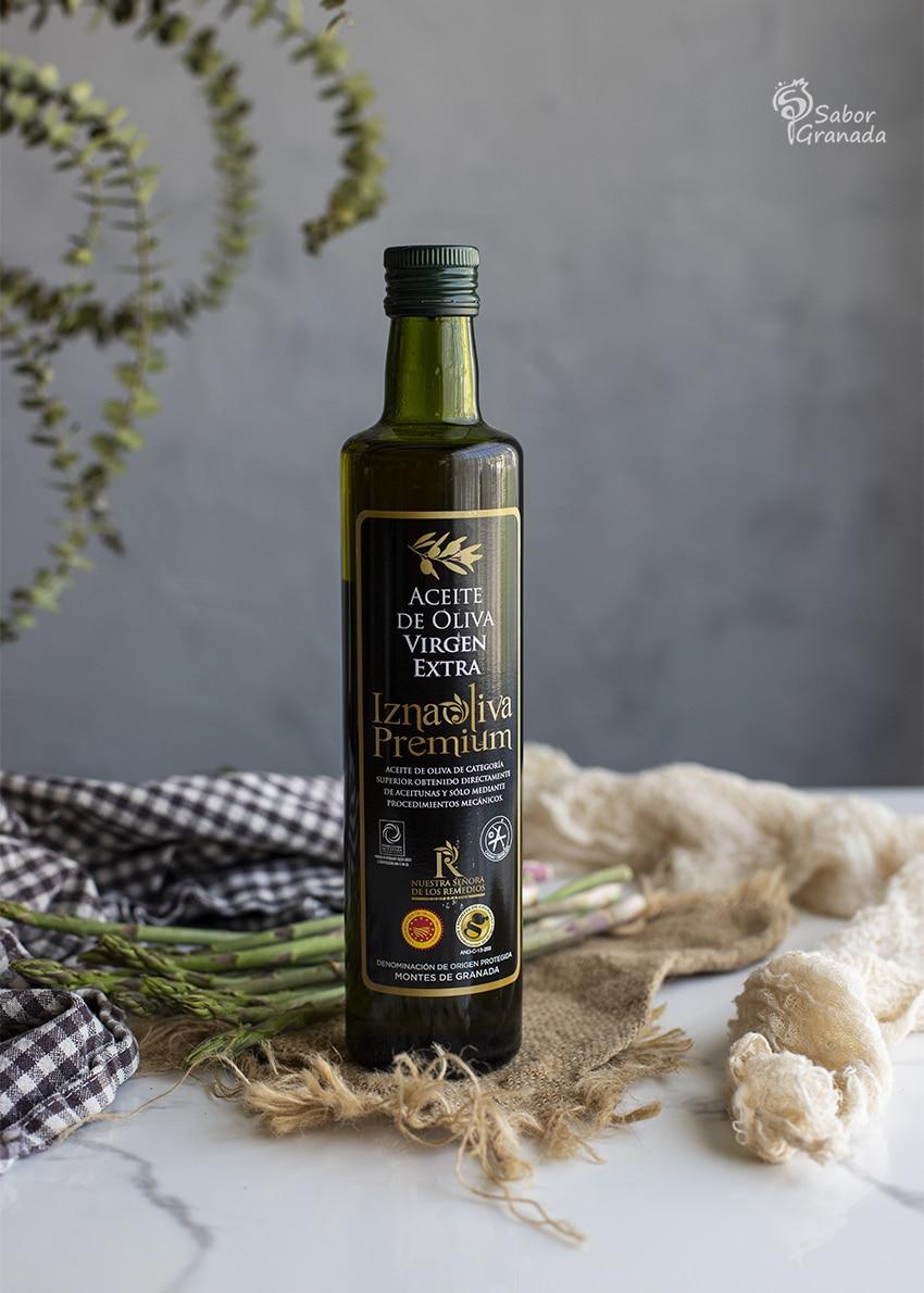 AOVE Iznaoliva Premium para hacer sopa de espárragos verdes - Sabor Granada