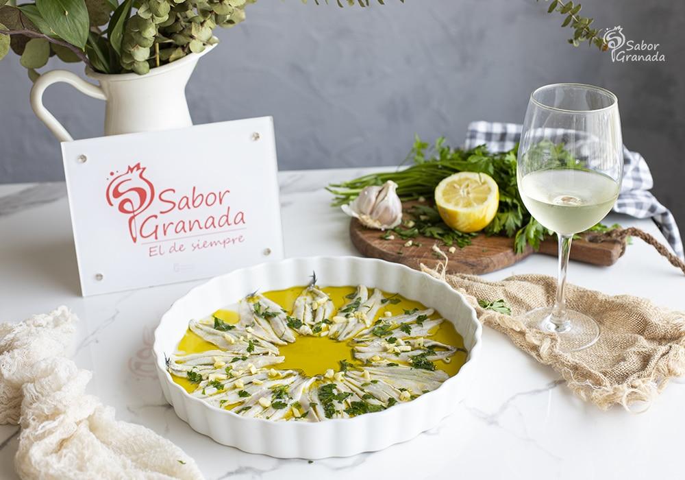 Receta para hacer boquerones en vinagre - Sabor Granada