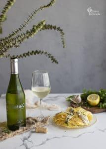 Vino blanco Xate-o de Bodegas Calvente para maridar los boquerones en vinagre - Sabor Granada