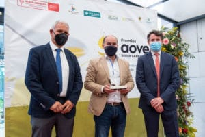 Aceites Algarinejo recoge su premio en la categoría Convencional Frutados Verde Intensos de la Séptima Edición de los Premios AOVE Sabor Granada