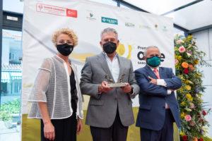 Almazara Quaryat Dillar recoge su premio a la Producción Integrada de la Séptima Edición de los Premios AOVE Sabor Granada