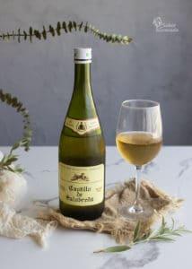 Vino sin alcohol Castillo de Salobreña de Industrias Espadafor para maridar esta ensaladilla de langostinos con lactonesa - Sabor Granada