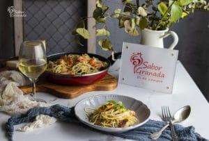 Receta para hacer espaguetis con langostinos y tomates secos - Sabor Granada