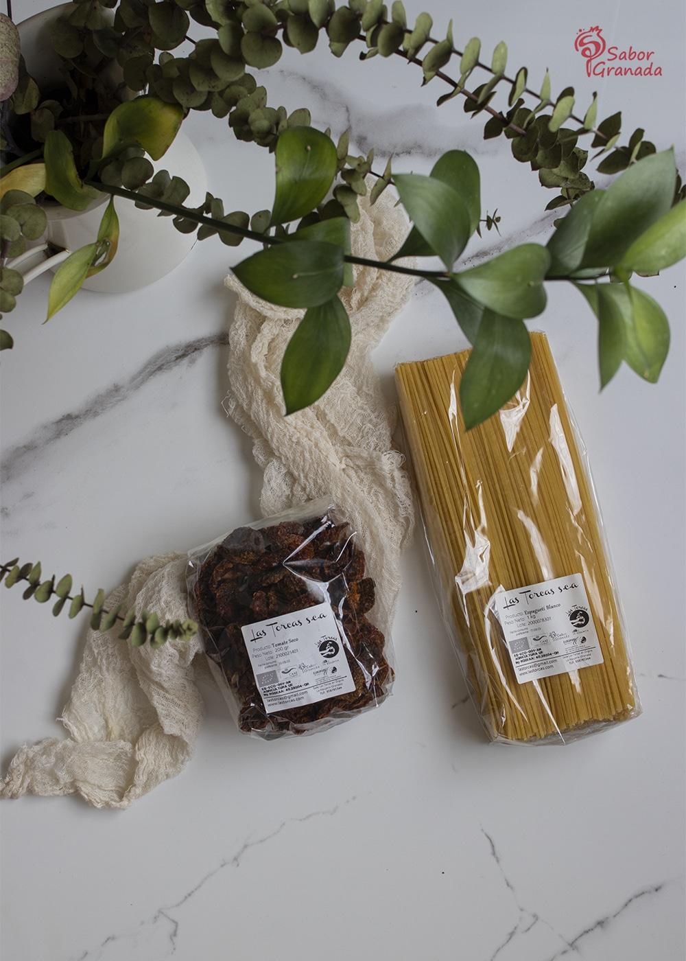 Espaguetis y tomates secos de Las Torcas - Sabor Granada