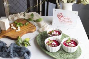 Receta para hacer salmorejo de remolacha - Sabor Granada