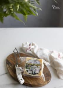 Queso de oveja de Cortijo el Aserradero para hacer paninis caseros - Sabor Granada